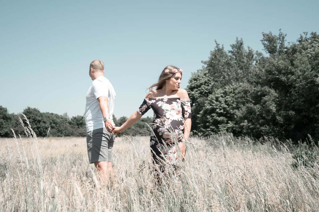 AGNE & EDVINAS - MATERNITY PHOTOSHOOT